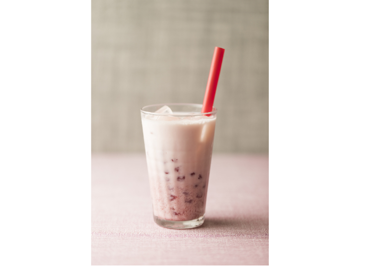●Porridge and Noodle Restaurant Kayu-San-Chin: Tapioca Strawberry Milk