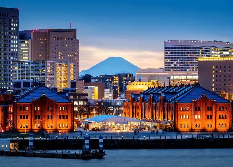 1. Streetscapes with an international flavor different from what Tokyo has to offer