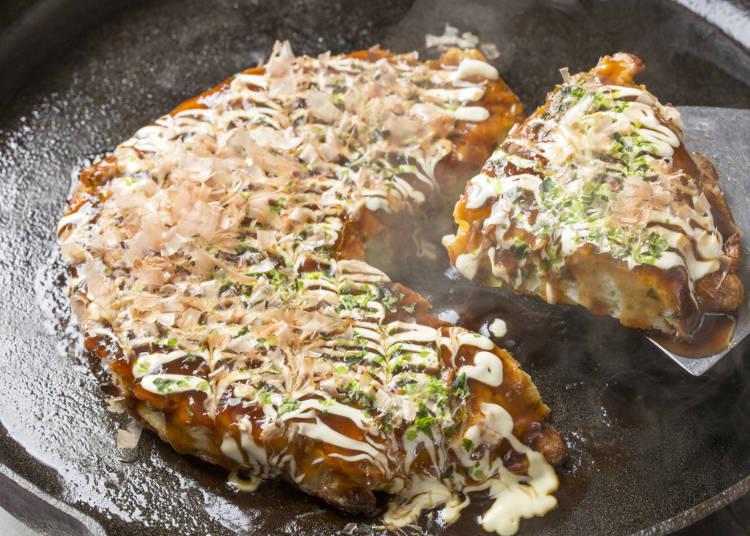 日本では気軽に食べられて種類が多い!「お好み焼き」
