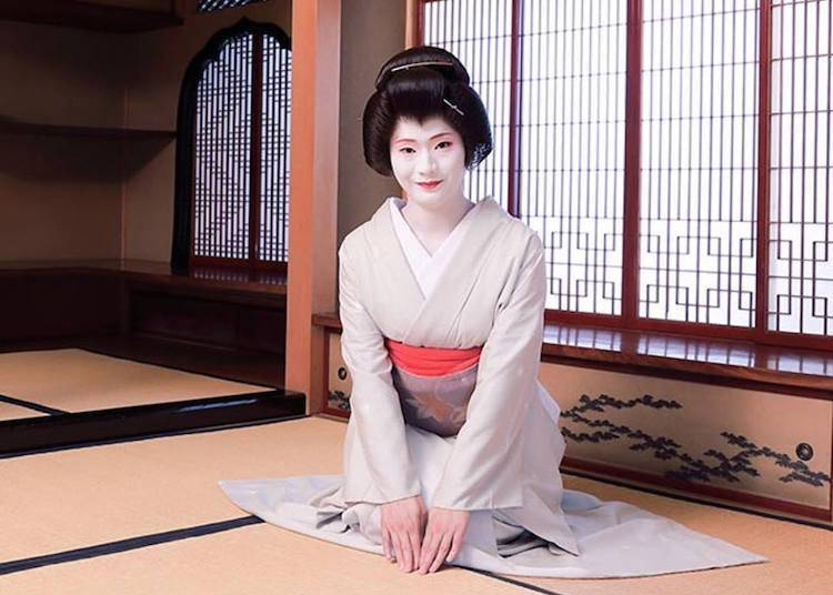 Party the Traditional Way with Geisha!