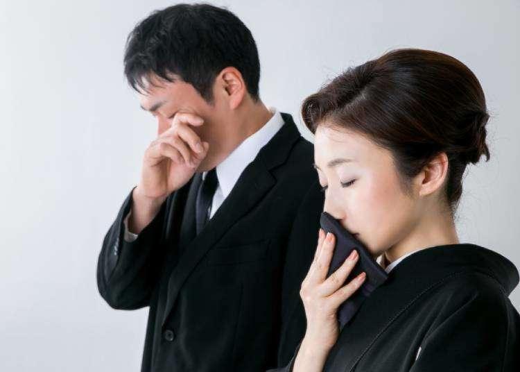 """""""일본 장례식에  참가 한다면? 한국과는 다른 장례식매너. 조의금부터 복장까지  """"소리내어 우는 사람이 없는 장례식?"""