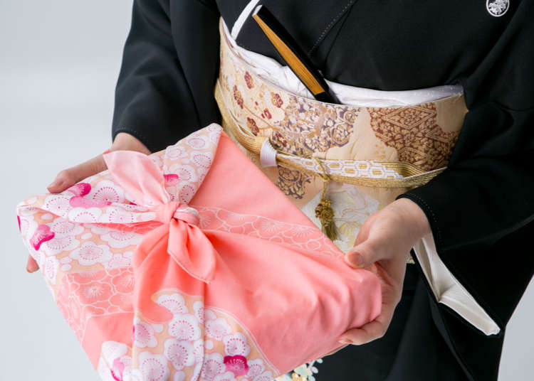 Cool Japan Souvenirs: 10 Reasons You'll Want a Japanese Furoshiki Wrap!