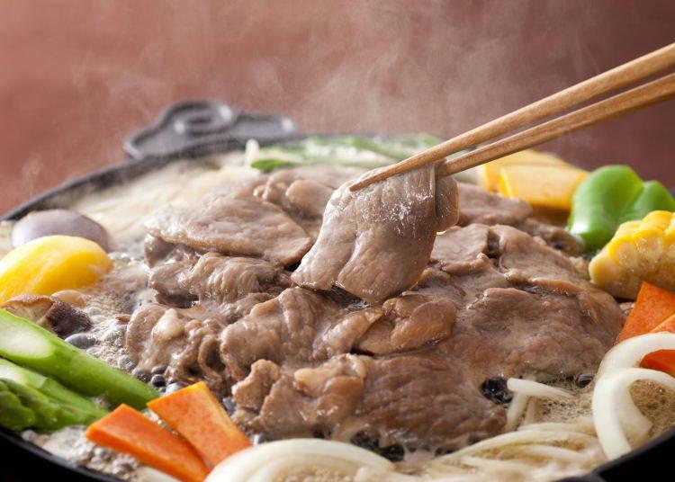 タレに漬け込んだ肉が特徴の「松尾ジンギスカン札幌駅前店」