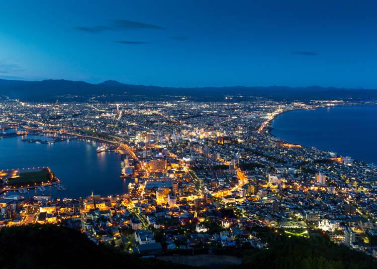 从「函馆山山顶展望台」饱览璀璨浪漫的夜景
