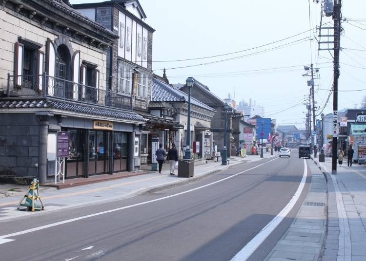 5)在小樽观光之中不能错过的繁荣街道「堺町通」