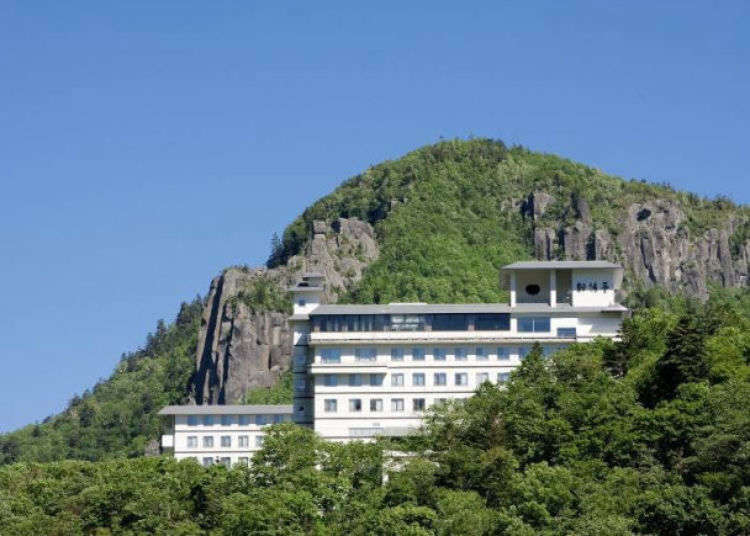 Our hotel recommendations for Sounkyo Gorge: 