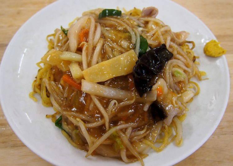 小樽當地美食2 燴炒麵與炸半雞