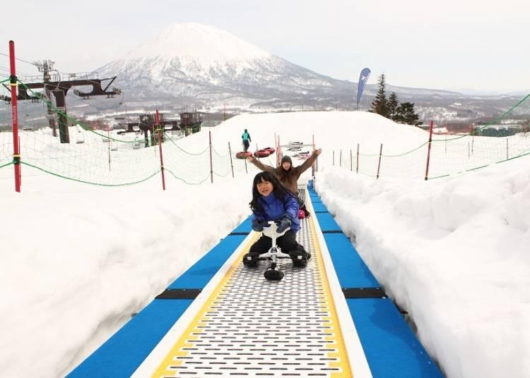 ■広い独立エリアで雪遊びを満喫! ニセコ グラン・ヒラフ キッズパーク
