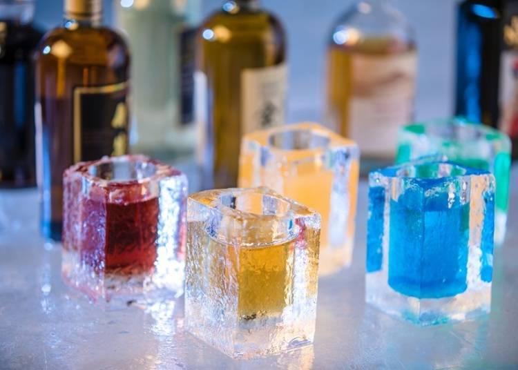 ◆在寧靜的森林裡就想喝一杯的「冰雕酒吧」