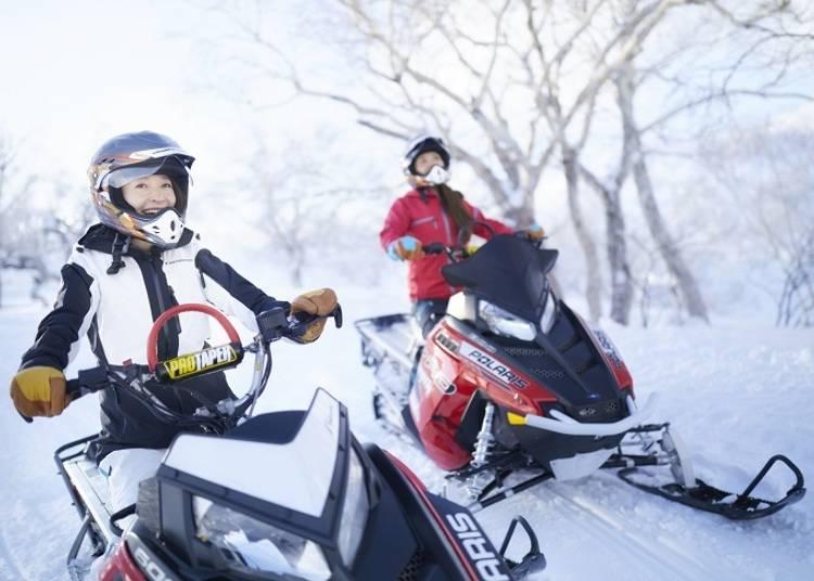 ■大雪原スノーモービル