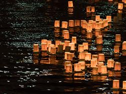 8月中旬 浅草夏の夜まつり とうろう流し