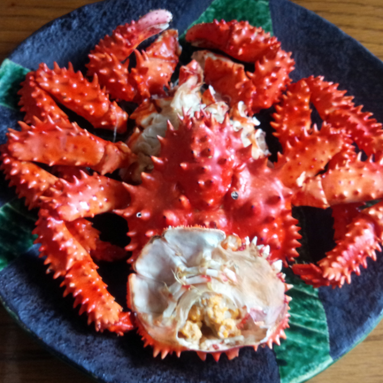 Limited quantities of blue king crab arriving today at 6:00AM.