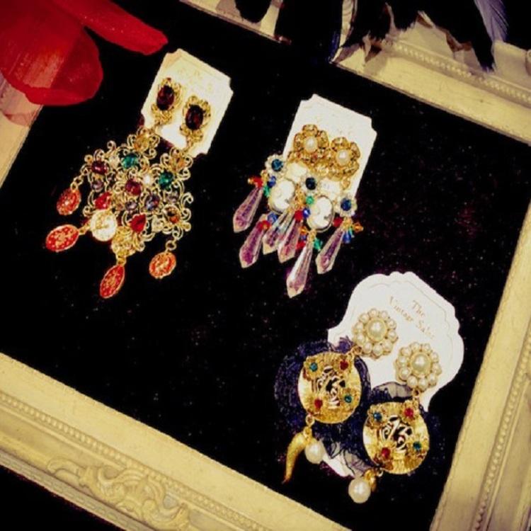 【Petit Salon de VENICE】New item! pierced earrings