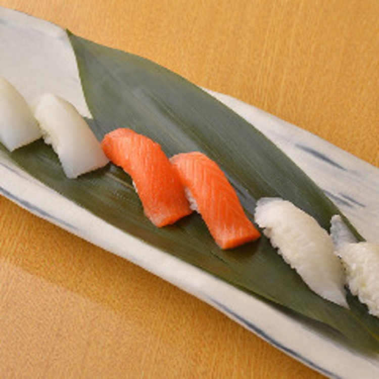 Service sushi advantageous every day!