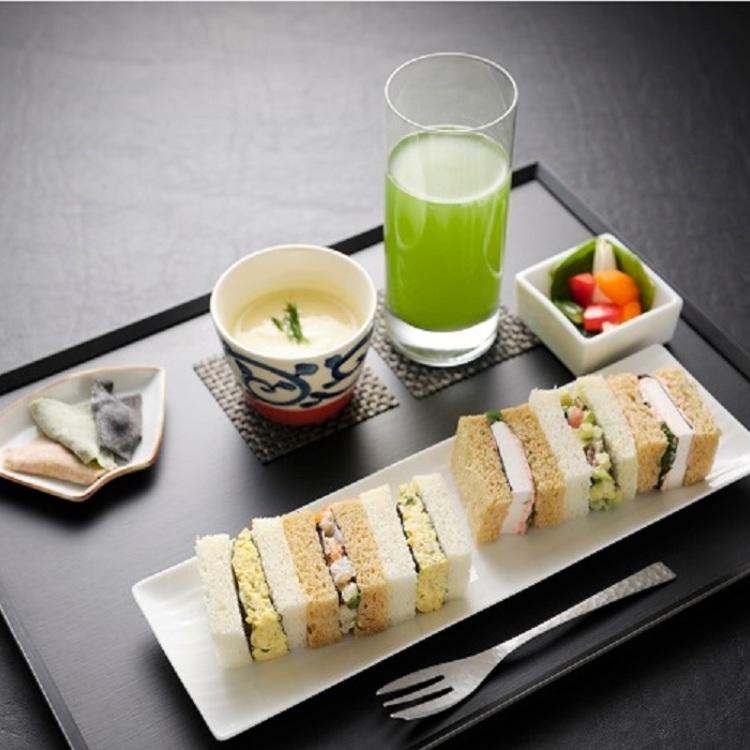 Tsukiji Seafood Sandwich