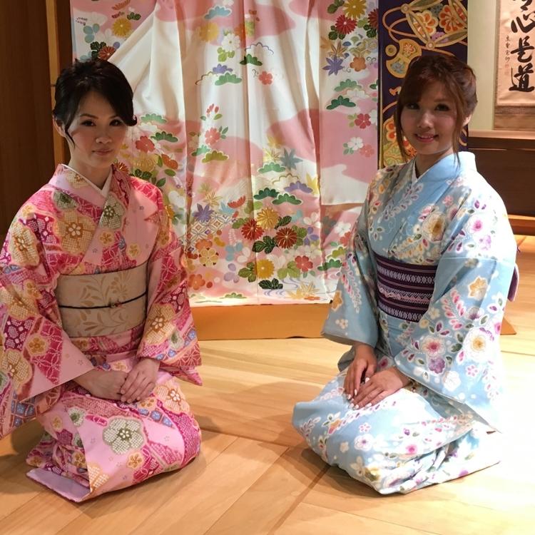 Kimonos rental corner OPEN!