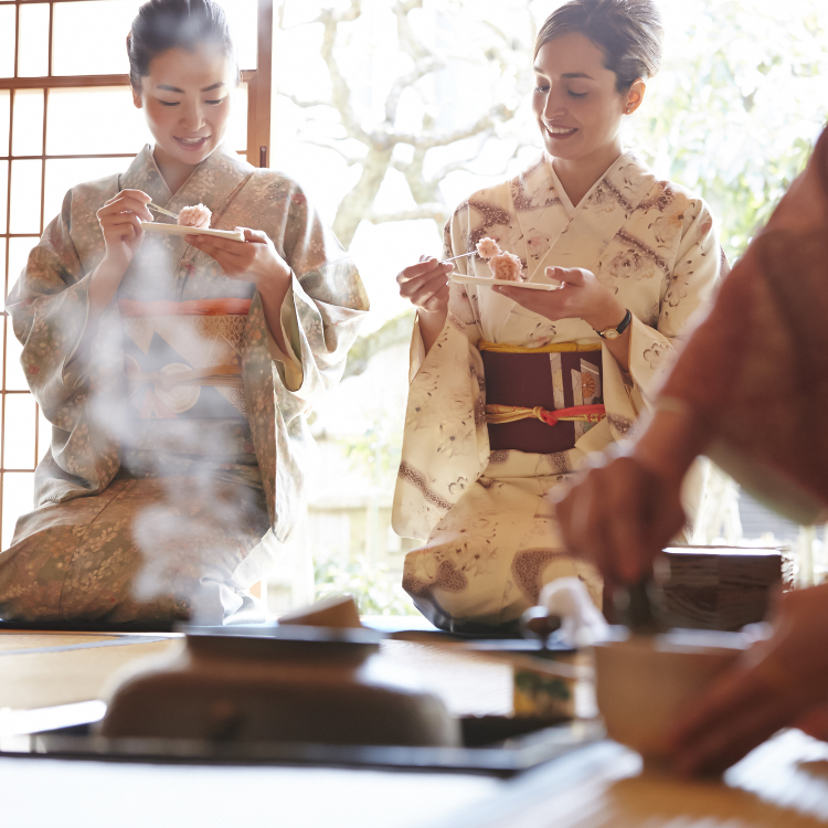 A Tea Ceremony Workshop in English with a certified instructor