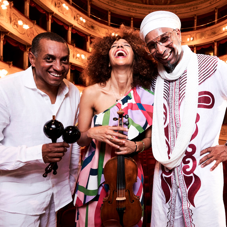 OMAR SOSA & YILIAN CAÑIZARES 'AGUAS Trio'featuring GUSTAVO OVALLES
