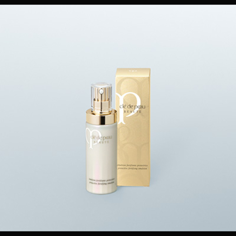 Clé de Peau Beauté Protective Fortifying Emulsion – A daytime emulsion to create vivid, glowing skin