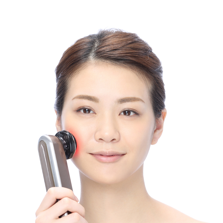 YA-MAN RF Beaute Photo plus HRF10T/Penetrating anti-aging skin care using deep radio-frequency heating and cooling