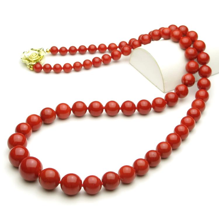 日本産血赤珊瑚ネックレス