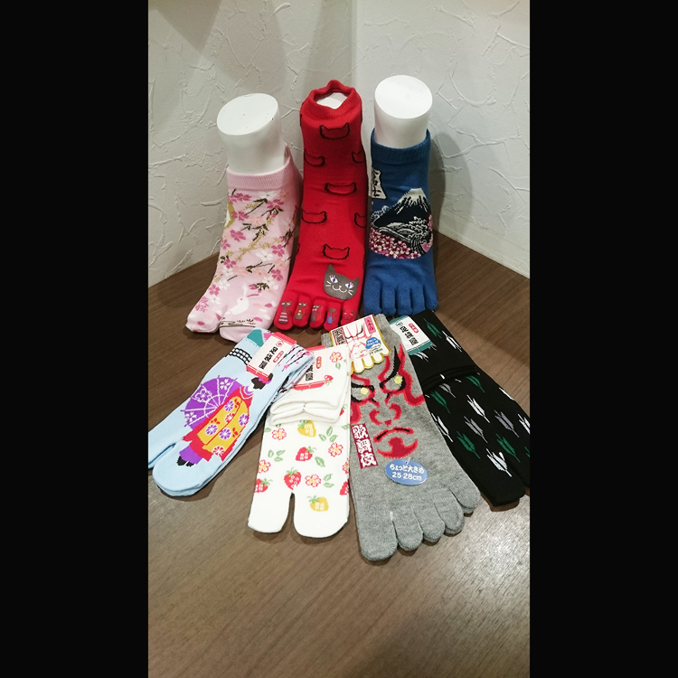 Copo (5F), toe-socks and socks for Japanese sandals