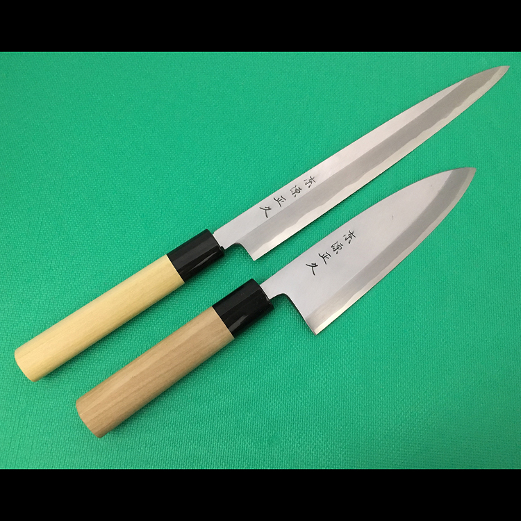Hongasumi  /  Shirogami 2 steel (blade material)  / set of Yanagiba sashimi knife (24 cm) and broad-bladed Deba knife (15 cm)