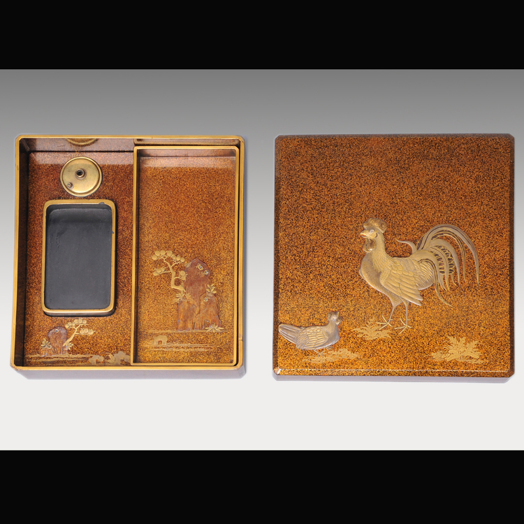 An inkstone case with cock-design raised lacquer work on aventurine lacquer (made in late Edo period)