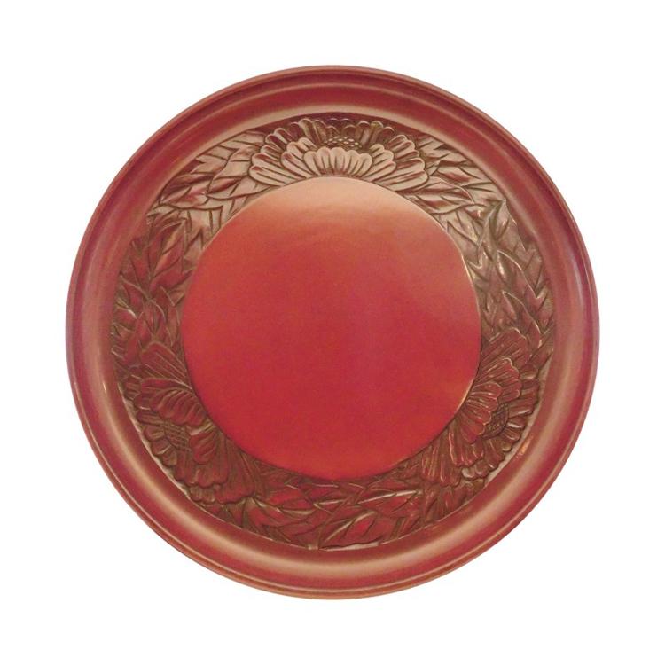 Kamakura-bori 27 cm round serving tray with peony design on rim