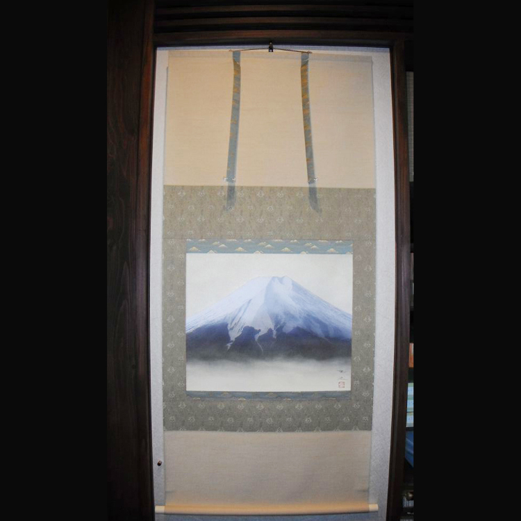 Takashi Omori / Fuji Sansui  <br /> Japan&rsquo;s world-famous Mt. Fuji is not only beautiful but also very well loved
