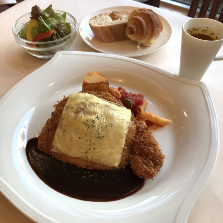 Cheese cutlet with demi-glace sauce