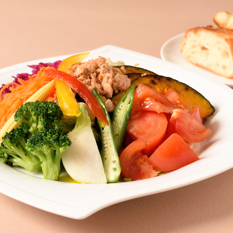 salad of vegetables you need to eat a day