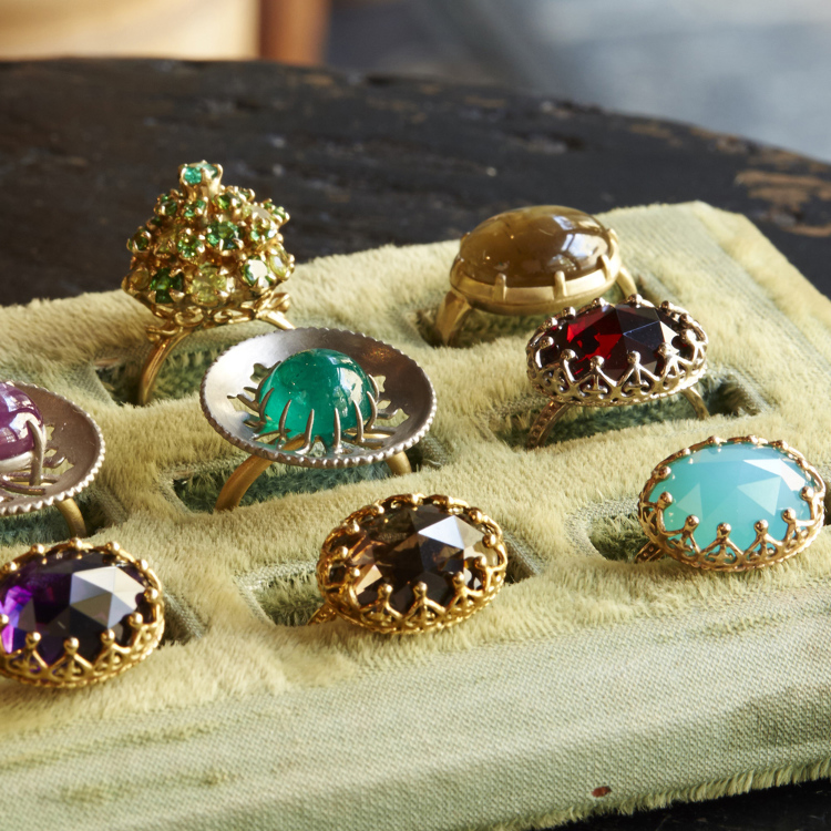 colour stone Earrings, rings, and necklaces in a classical design using colored stones. a Japanese make of Jewelry.