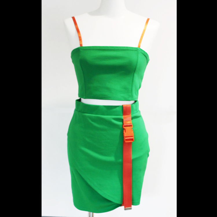 Camisole & belt with tight skirt setup