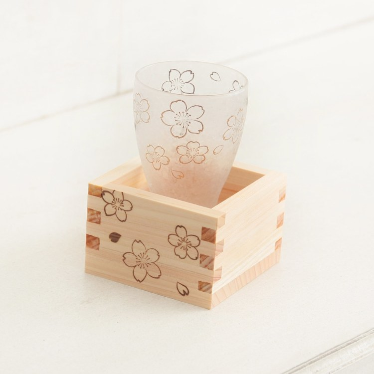 Cherry-patterned glass & square set