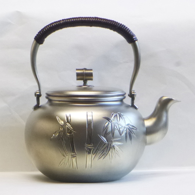 12 cm Sterling Silver Kettle (Bamboo pattern)