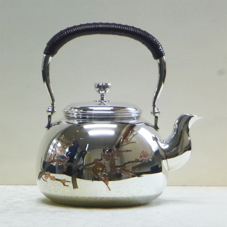 12 cm Sterling Silver Kettle (Plum & Magpie pattern)