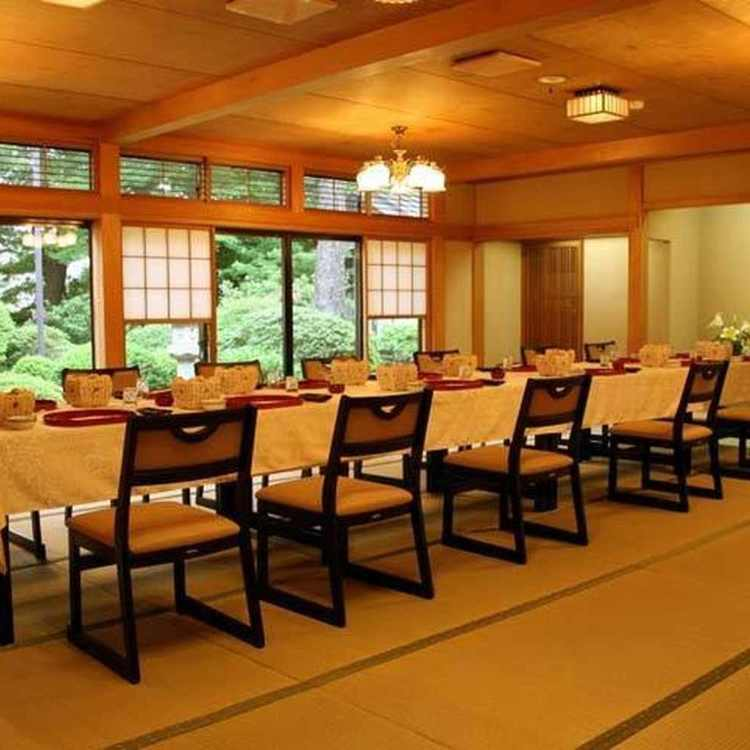 会席料理・割烹旅館東山