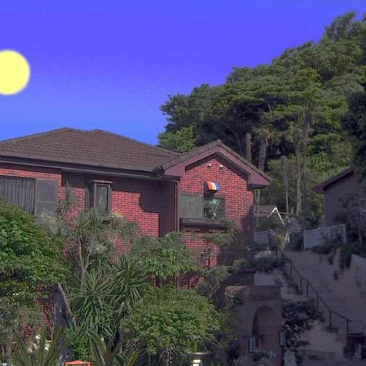 月影の丘ホテル ヴィラ勝山アヴェール