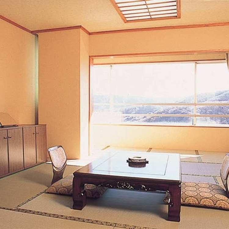 箱根芦ノ湖温泉 HOTEL Ra Kuun