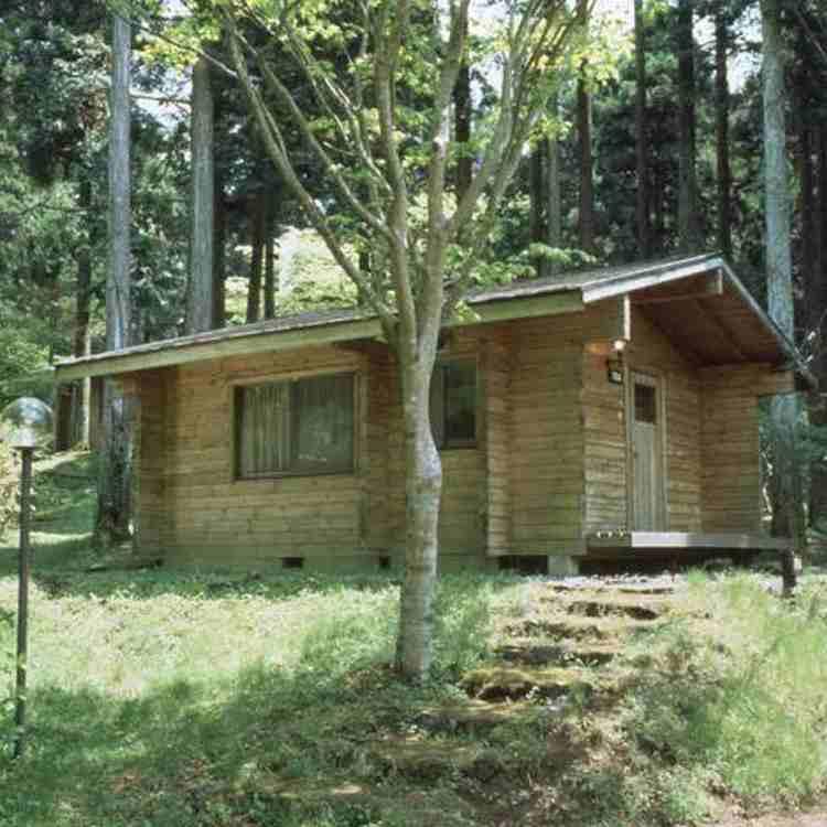 Hakone-en Cottage Camping