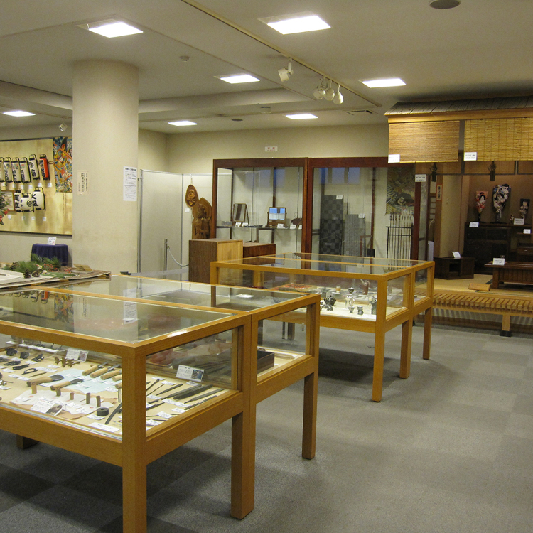 Edo Taito Traditional Crafts Center