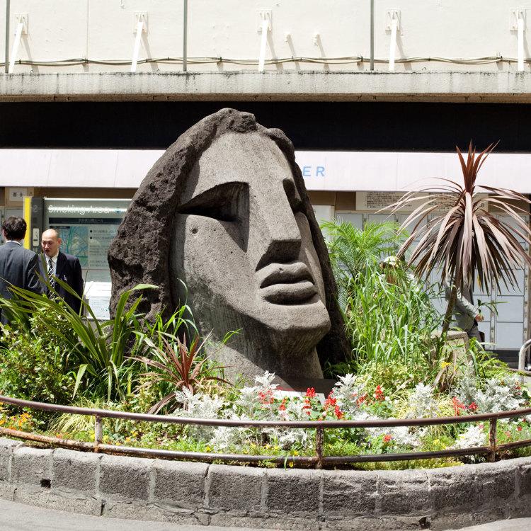 Moyai Statue
