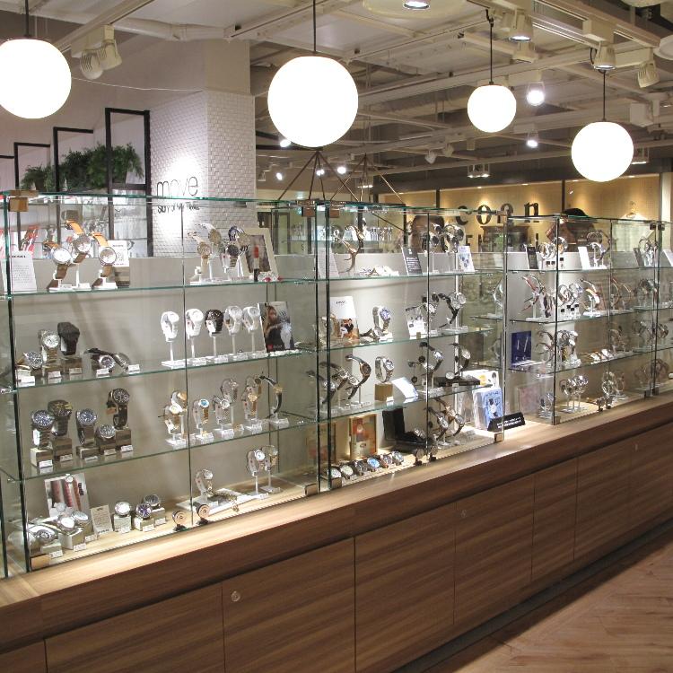 move Seibu Shinjuku PePe Store