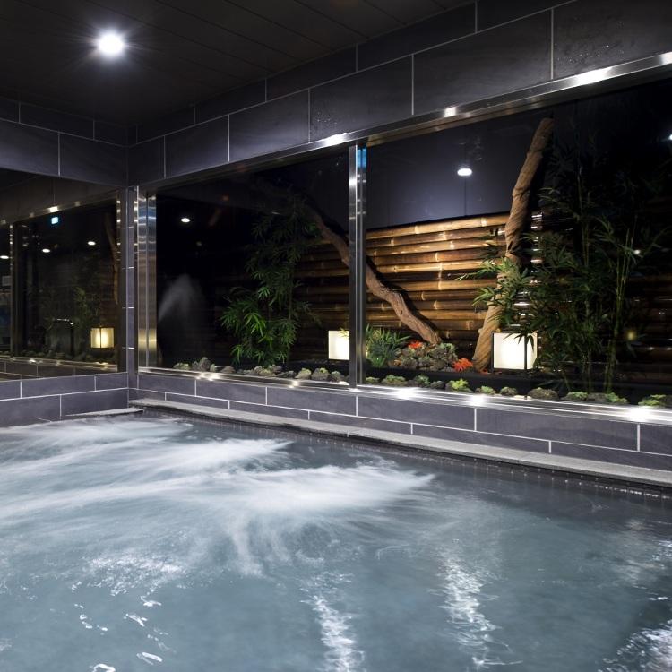 Luxury Capsule Hotel Anshin Oyado Shinjuku Ekimae Branch