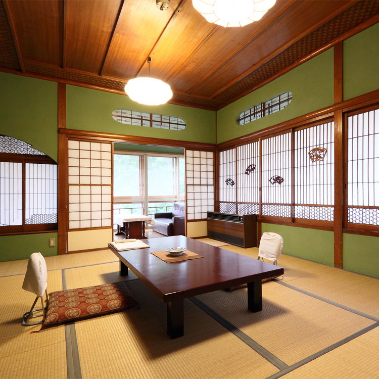 Yokotekan: A Venerable Hotel with a Renowned Hot Spring