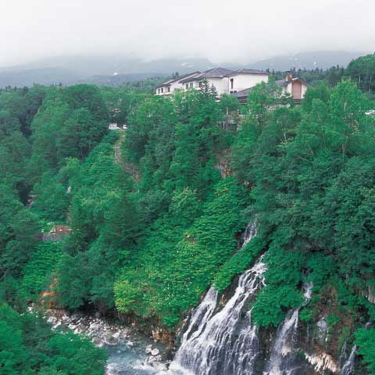 Shirahige Waterfalls
